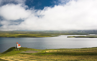 Small church by Thingvallavatn.